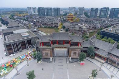 龙潭水乡:20亿建一个假古镇,从不收门票,如今却成为空城!